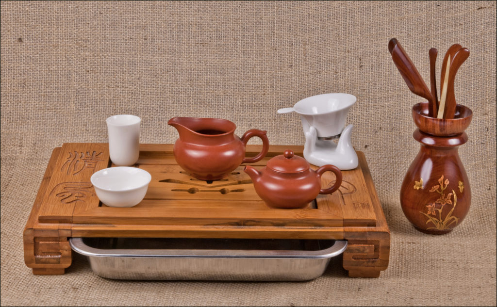 A typical gongfu tea set