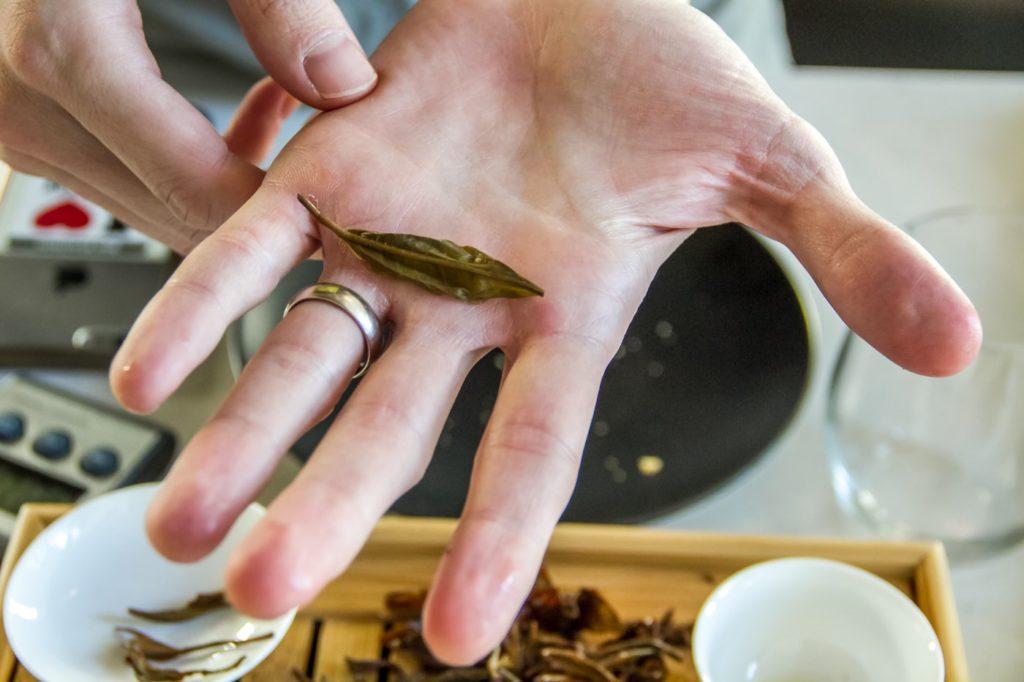 Yunnan Yellow Silk Whole Leaf